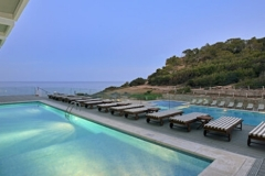 42SolBeachHouseIbiza-PoolNight_480x250