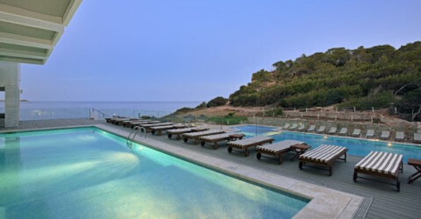 42solbeachhouseibiza Poolnight 480x250